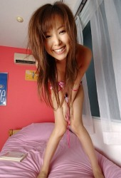 Yua Aida Lovely Asian Teen Model