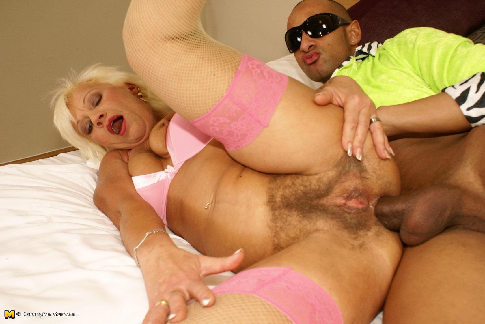 analnoe-porno-starih-dam
