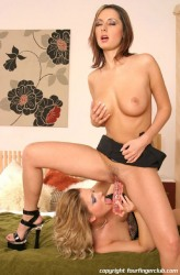 Viktorie And Daria Glower In Dildoing And Eating Pussy