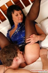 Rosaline & Mike Pantyhosefucking Gorgeous Mature Chick