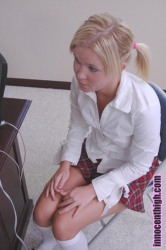 Schoolgirl sucked man cock