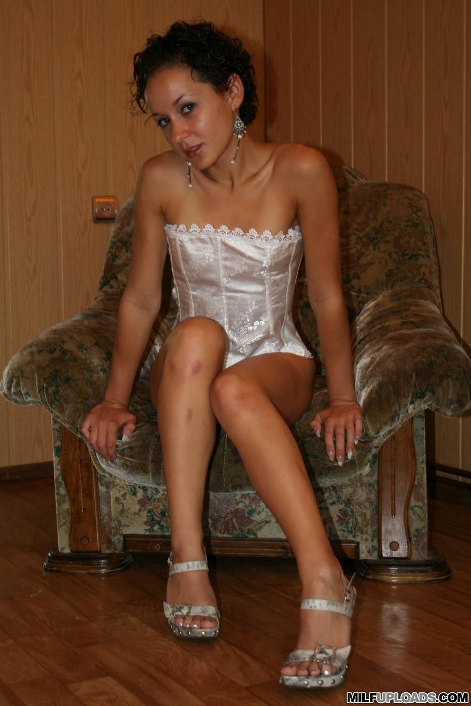 milf legs spreading lingerie Amateur in posing