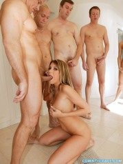 Sexy Courtney Cummz In Cumshot Orgy With Five Perverts