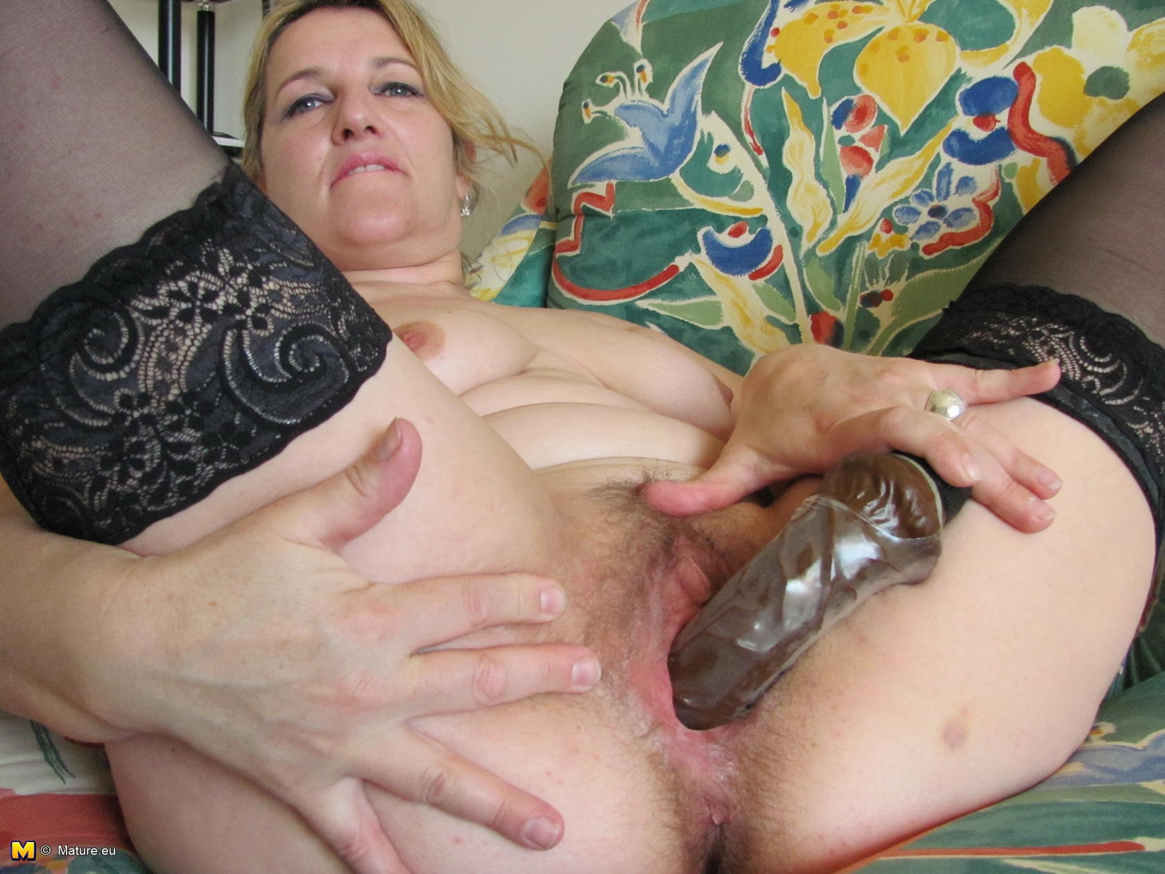 Mature Woman Playing With Her Pussy - YouPorncom