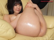 Sexy asian girl in short skirt show ass and pussy