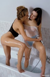 Lisa And Maria Making Love In The Bathroom