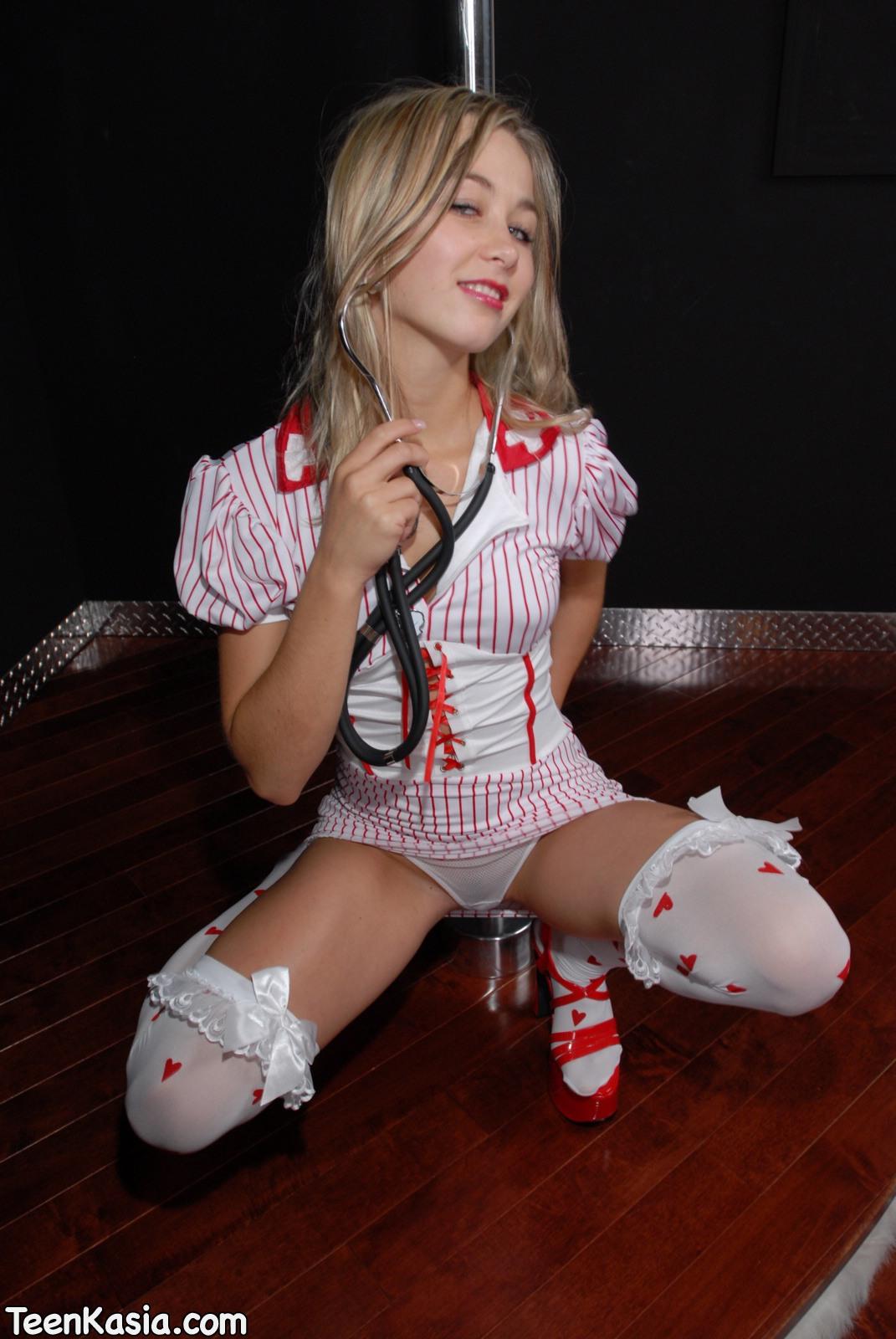Teen Kasia Nurse Fantasy Pole Dance - SexyGirlCity: free porno pics